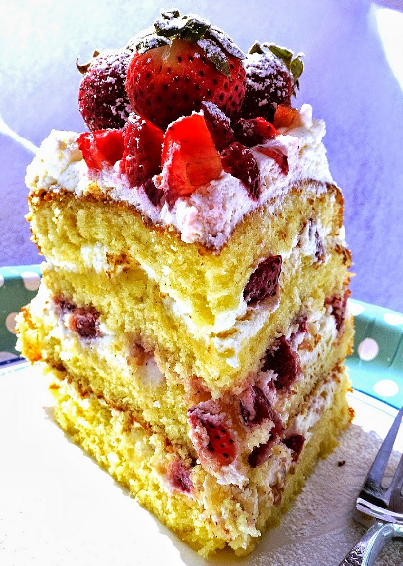 Strawberry + Cream Vanilla Sponge Cake