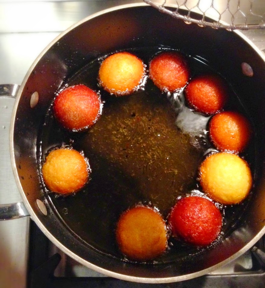 Easy Gulab Jamuns: Indian Donuts