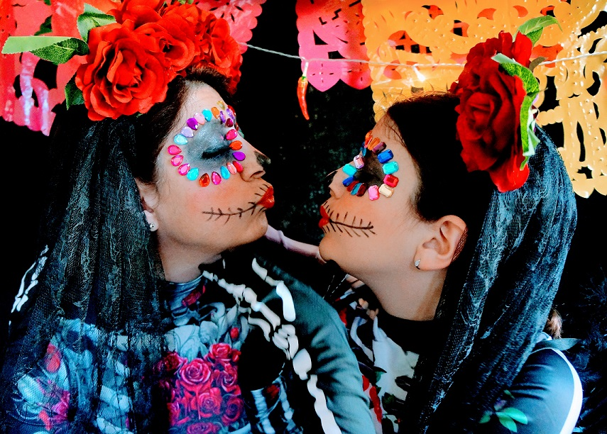Easy Day of the Dead Make-up Tutorial